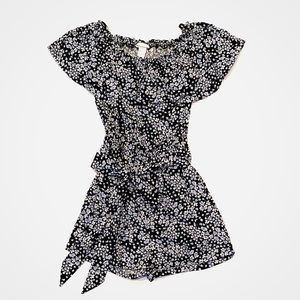 H&M sleeveless floral romper with ruffled top Sz 2